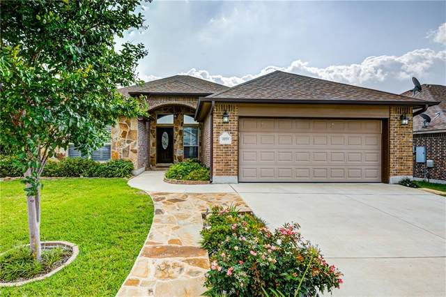 2273 Sungate Dr, New Braunfels, TX 78130 (#1405817) :: Zina & Co. Real Estate