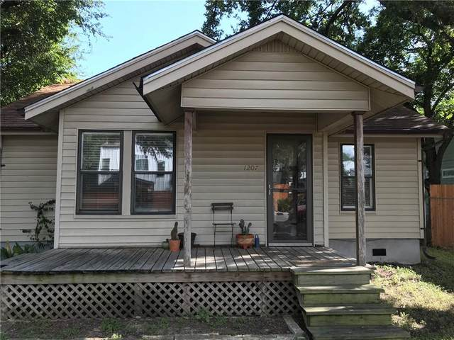1207 Casey St, Austin, TX 78745 (#1511163) :: Papasan Real Estate Team @ Keller Williams Realty