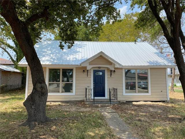 106 Evans St, Hearne, TX 77859 (#1609885) :: The Summers Group