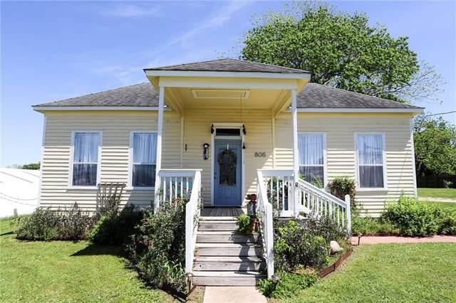 806 Bohlmann Ave, Schulenburg, TX 78956 (#1617993) :: Ben Kinney Real Estate Team