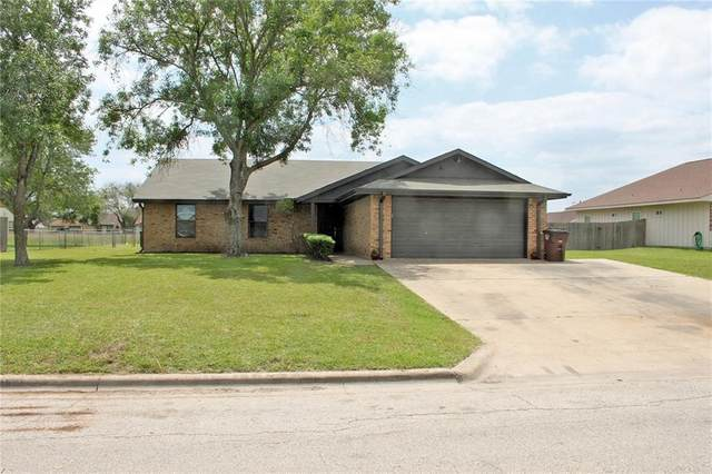 907 S Medina St, Lockhart, TX 78644 (#1640939) :: The Perry Henderson Group at Berkshire Hathaway Texas Realty