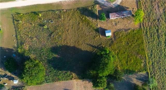 182 San Diego Ln, Martindale, TX 78655 (#1740901) :: Papasan Real Estate Team @ Keller Williams Realty