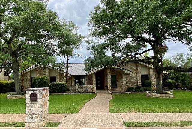 4504 Walton Heath Cir, Austin, TX 78747 (#1795733) :: Ben Kinney Real Estate Team