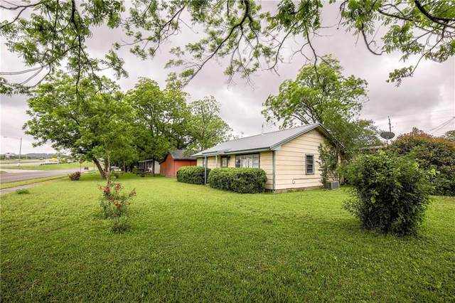 905 College St, Bastrop, TX 78602 (#1840978) :: Lancashire Group at Keller Williams Realty