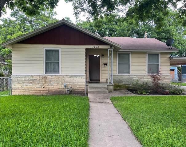 1203 Richcreek Rd, Austin, TX 78757 (#1877329) :: Zina & Co. Real Estate