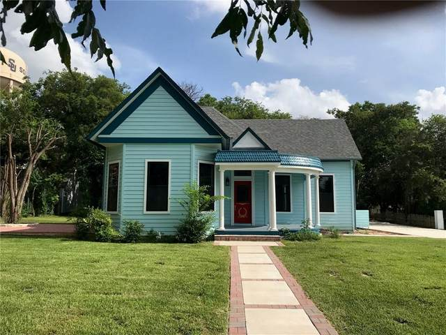 1304 E University Ave, Georgetown, TX 78626 (#1894671) :: Papasan Real Estate Team @ Keller Williams Realty