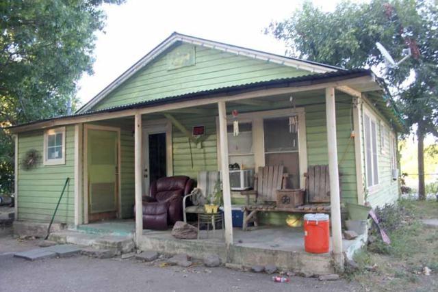 507 Neches St, Lockhart, TX 78644 (#1985893) :: The Heyl Group at Keller Williams