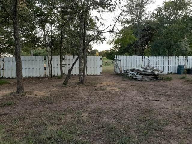 5425 Old Colony Line Rd, Lockhart, TX 78644 (#2062200) :: Bristol Palin Team