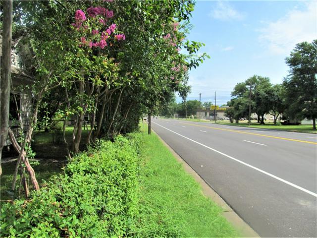 403 N La Grange St, Flatonia, TX 78941 (#2064624) :: The Heyl Group at Keller Williams