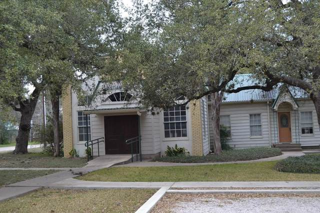410 N West St, Bertram, TX 78605 (#2067583) :: Green City Realty