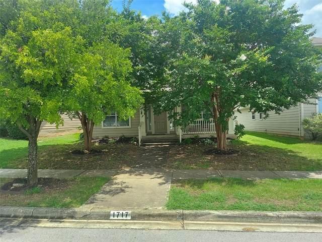1717 Thompson Trl, Round Rock, TX 78664 (#2104526) :: Ben Kinney Real Estate Team