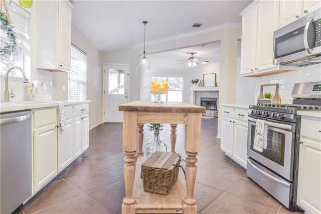 2013 Mir Woods Dr, Leander, TX 78641 (#2105812) :: The Perry Henderson Group at Berkshire Hathaway Texas Realty