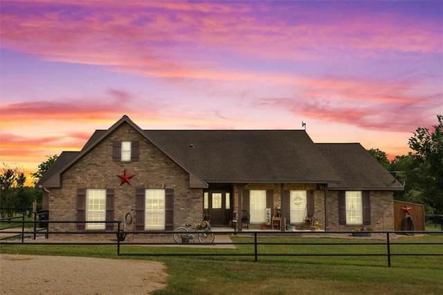1900 Old Kelley Rd, Lockhart, TX 78644 (#2122376) :: First Texas Brokerage Company
