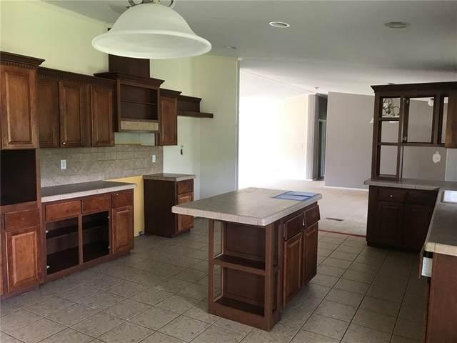 6219 Mockingbird Rd, Flatonia, TX 78941 (#2160717) :: Ben Kinney Real Estate Team