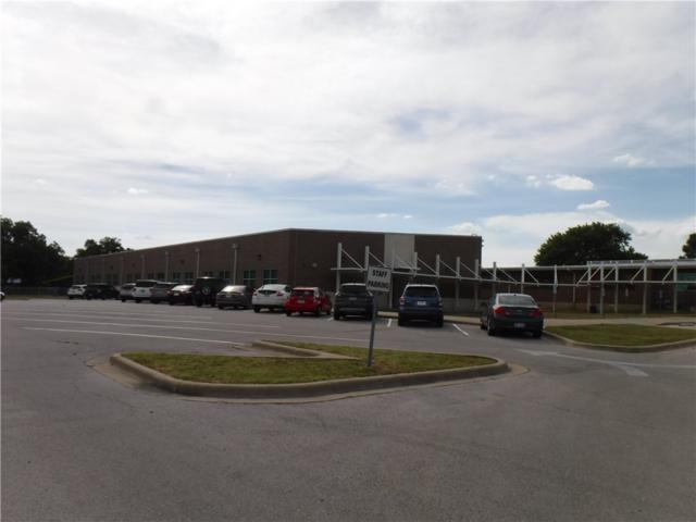 000 Haywood Ln, Elgin, TX 78621 (#2161999) :: The Heyl Group at Keller Williams