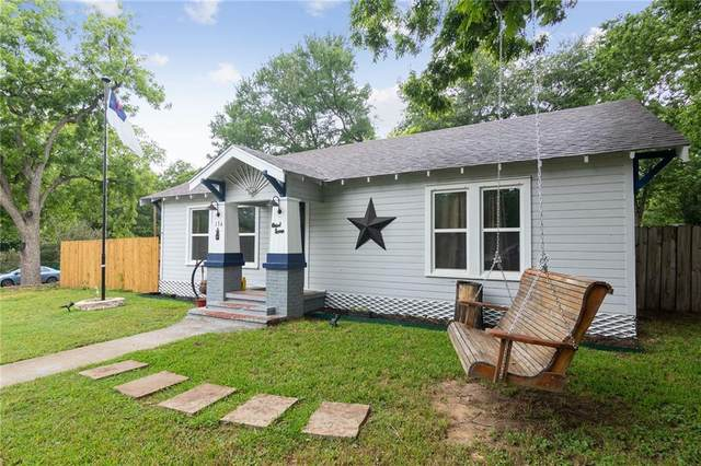 136 W Davilla Ave, Rockdale, TX 76567 (#2179775) :: Zina & Co. Real Estate
