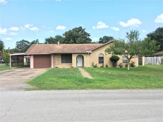 908 Wilkes St, Smithville, TX 78957 (#2198541) :: Papasan Real Estate Team @ Keller Williams Realty