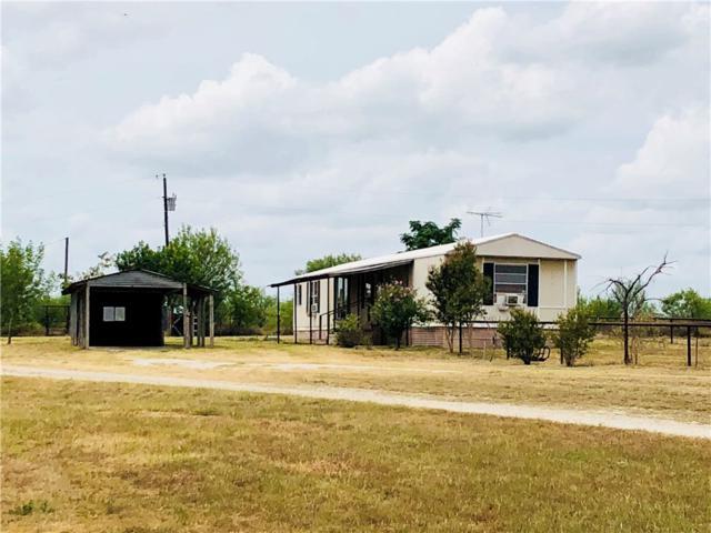 1560 Woodrow Center Rd, Kingsbury, TX 78638 (#2215426) :: Papasan Real Estate Team @ Keller Williams Realty
