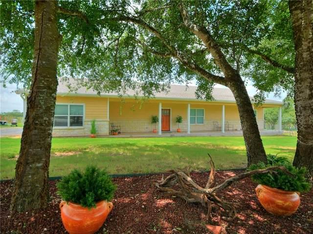 674 W County Road 5719, Devine, TX 78016 (#2340391) :: Papasan Real Estate Team @ Keller Williams Realty