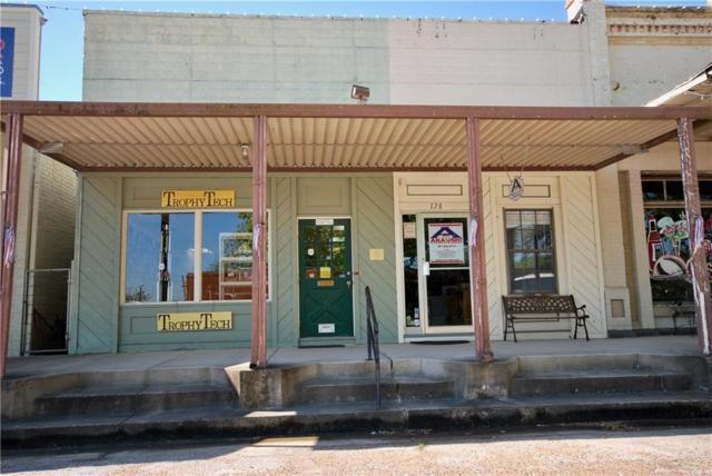130 E South Main St, Flatonia, TX 78941 (#2371355) :: Watters International