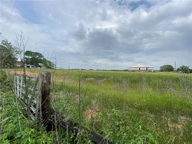 000 Richmond St, Mcdade, TX 78650 (#2432363) :: The Perry Henderson Group at Berkshire Hathaway Texas Realty