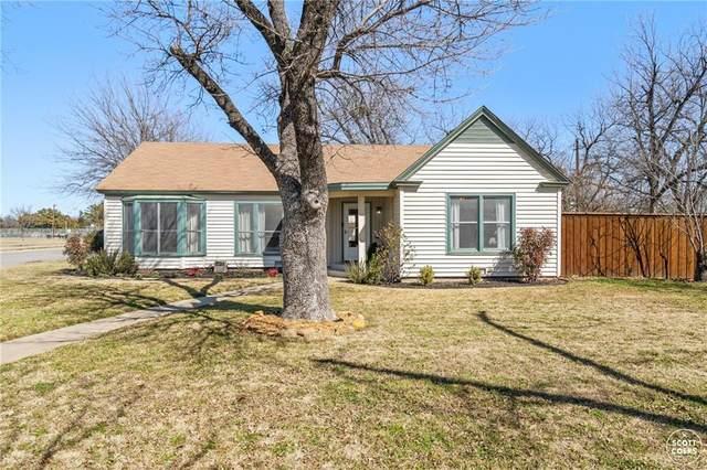 2200 1st St, Brownwood, TX 76801 (#2444700) :: Papasan Real Estate Team @ Keller Williams Realty