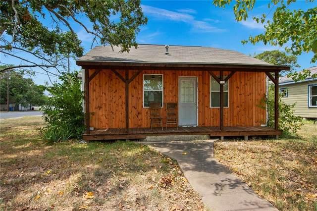 713 N Polk St, Giddings, TX 78942 (#2446646) :: The Perry Henderson Group at Berkshire Hathaway Texas Realty