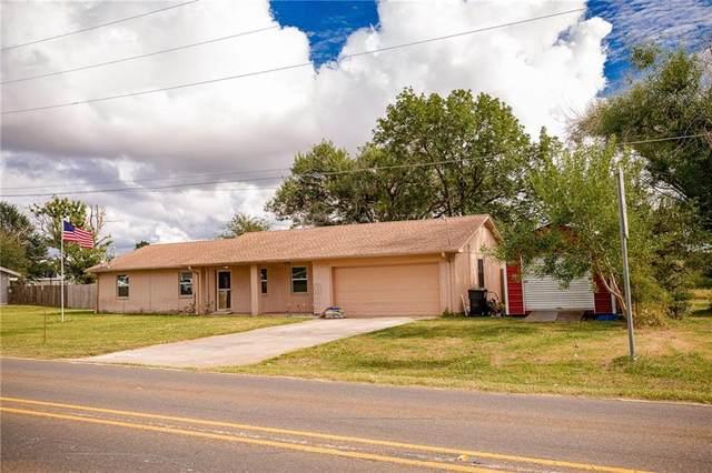 913 7th St, Lexington, TX 78947 (#2455037) :: Papasan Real Estate Team @ Keller Williams Realty