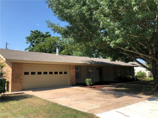 413 Juniper St, Bastrop, TX 78602 (#2469466) :: 12 Points Group