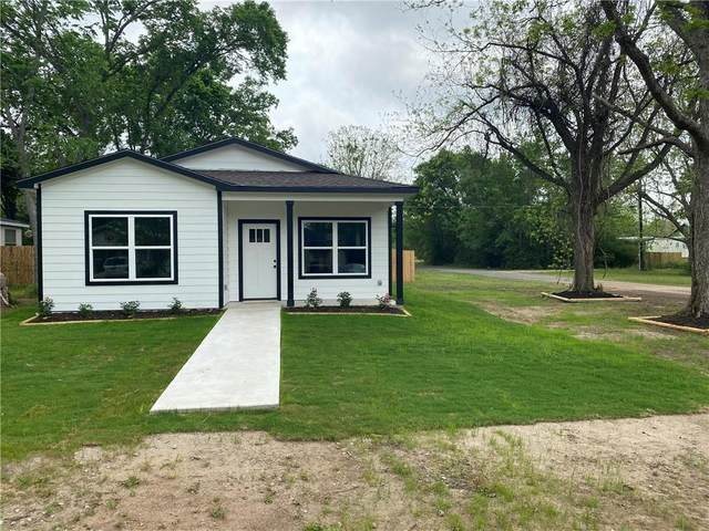 509 Lee St, Smithville, TX 78957 (#2495834) :: Azuri Group | All City Real Estate