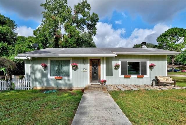 300 Vine St, Luling, TX 78648 (#2532313) :: Papasan Real Estate Team @ Keller Williams Realty