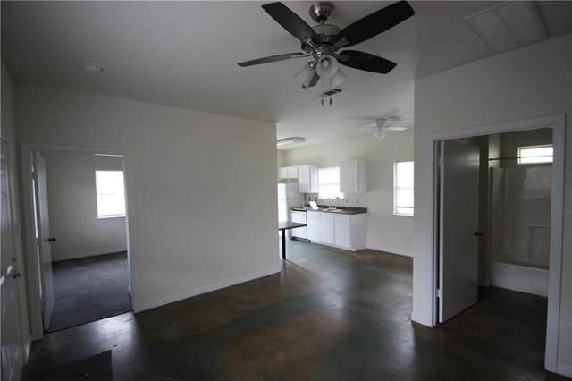 3318 Blumie St, Austin, TX 78745 (#2625571) :: Ben Kinney Real Estate Team