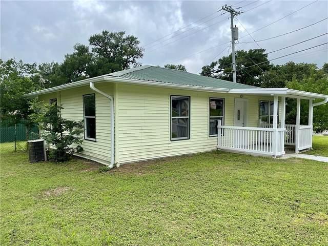 563 N Horton St, La Grange, TX 78945 (#2629697) :: Papasan Real Estate Team @ Keller Williams Realty