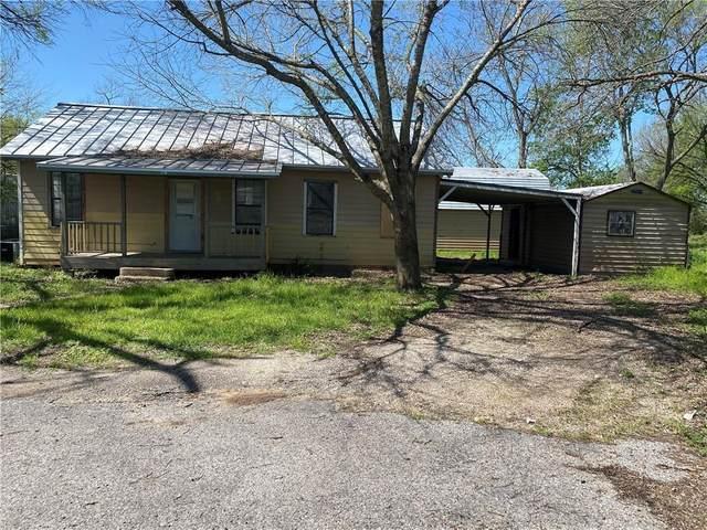 339 N Water St, La Grange, TX 78945 (MLS #2757224) :: Vista Real Estate