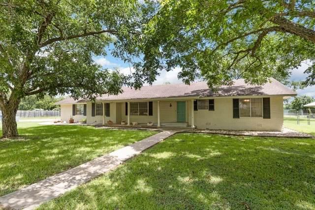 504 Marburger St, Smithville, TX 78957 (#2785170) :: Papasan Real Estate Team @ Keller Williams Realty