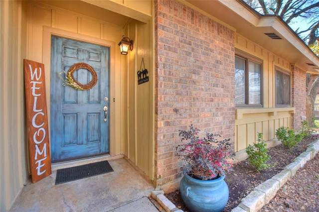 900 River Bend Dr, Georgetown, TX 78628 (#2825323) :: The Perry Henderson Group at Berkshire Hathaway Texas Realty