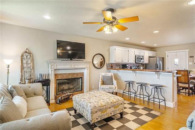 177 Dove Hill Dr, Blanco, TX 78606 (#2832045) :: Douglas Residential