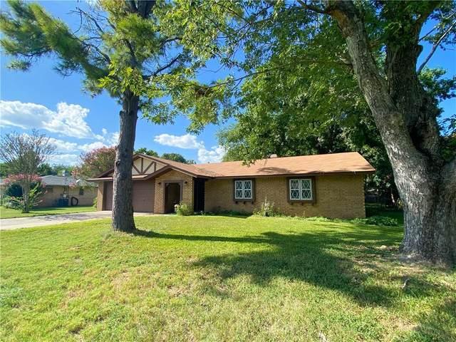 1419 7th St, Smithville, TX 78957 (#2921292) :: Papasan Real Estate Team @ Keller Williams Realty