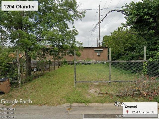 1204 Olander St, Austin, TX 78702 (#3005311) :: The Perry Henderson Group at Berkshire Hathaway Texas Realty