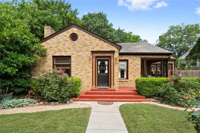 608 W Hopkins, San Marcos, TX 78666 (#3015424) :: The Heyl Group at Keller Williams