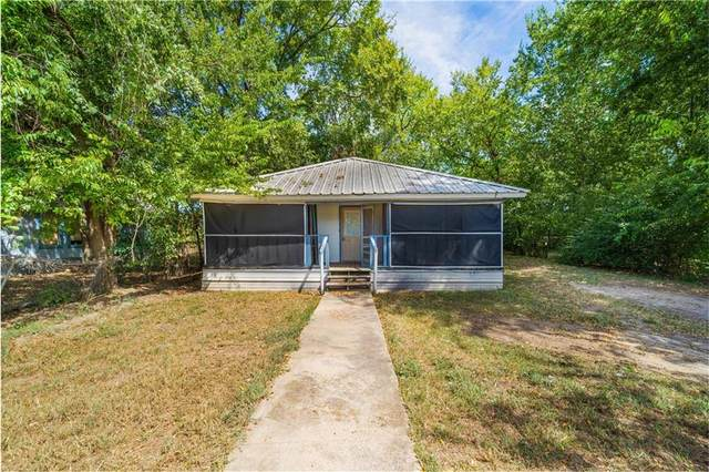 1207 Fayette St, Bastrop, TX 78602 (#3068479) :: Green City Realty