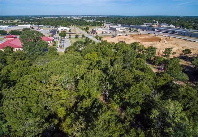 1811 Jasper St, Bastrop, TX 78602 (#3138189) :: Papasan Real Estate Team @ Keller Williams Realty