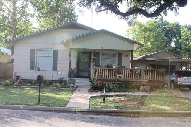 525 E Pecan St, La Grange, TX 78945 (#3181021) :: Papasan Real Estate Team @ Keller Williams Realty