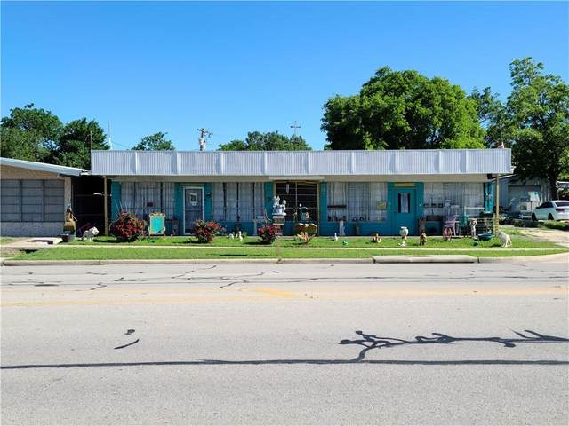 512 W 2nd St W, Taylor, TX 76574 (#3195489) :: Lucido Global