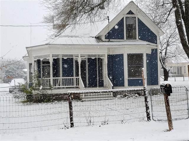 203 W Walnut St, Pflugerville, TX 78660 (#3205495) :: The Heyl Group at Keller Williams