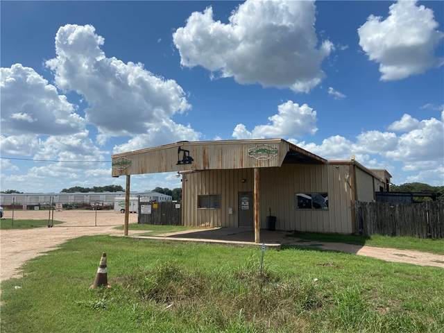4447 W State Highway 71, La Grange, TX 78945 (#3217487) :: The Perry Henderson Group at Berkshire Hathaway Texas Realty