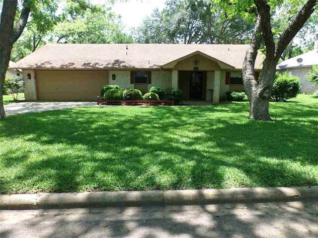 305 Stewart St, Meadowlakes, TX 78654 (#3226078) :: Realty Executives - Town & Country