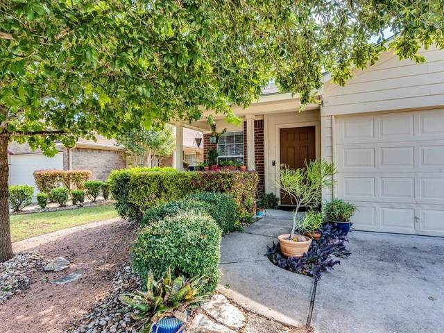 8405 Twiggy Ln, Austin, TX 78747 (#3318424) :: The Perry Henderson Group at Berkshire Hathaway Texas Realty