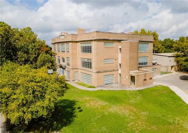 216 E College St, Seguin, TX 78155 (MLS #3336076) :: Vista Real Estate