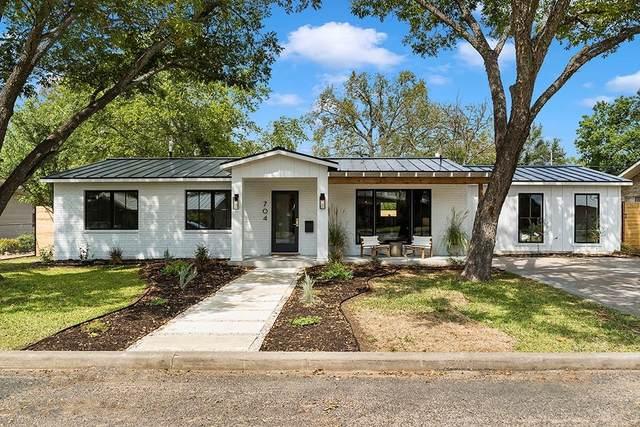 704 N Edison St, Fredericksburg, TX 78624 (#3341684) :: Papasan Real Estate Team @ Keller Williams Realty